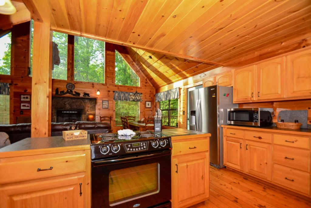 Photo of a Pigeon Forge Cabin named Dogwood Ridge - This is the sixteenth photo in the set.