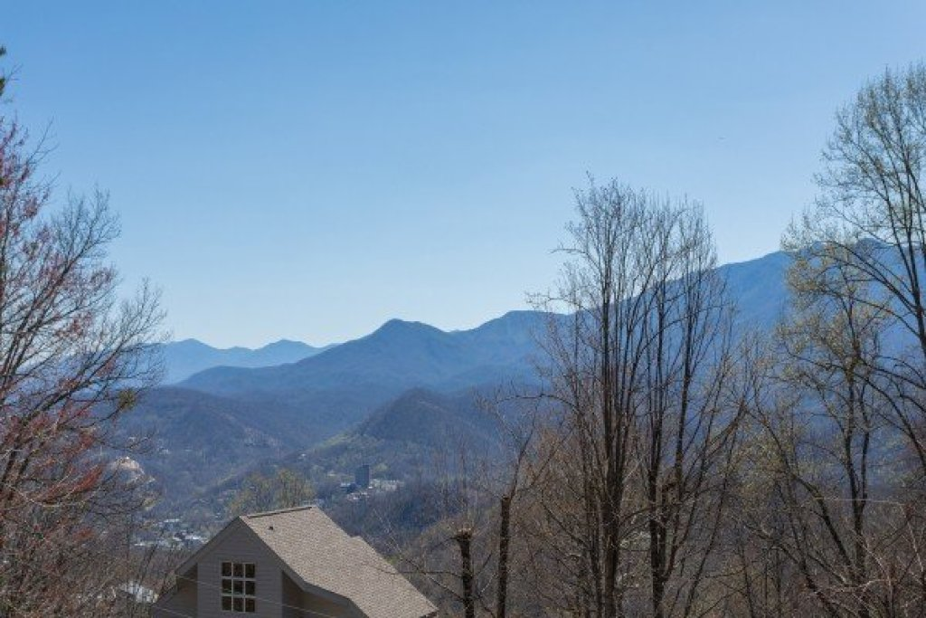 Photo of a Gatlinburg Cabin named All About The View - This is the second photo in the set.