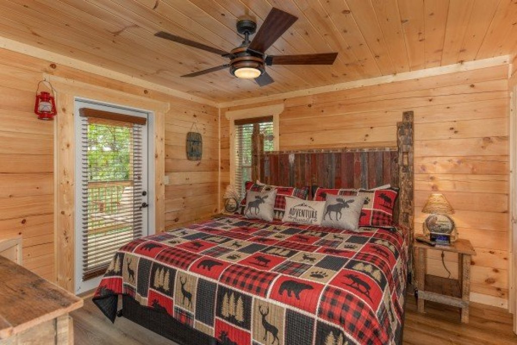 Photo of a Sevierville Cabin named Sawmill Springs - This is the eleventh photo in the set.