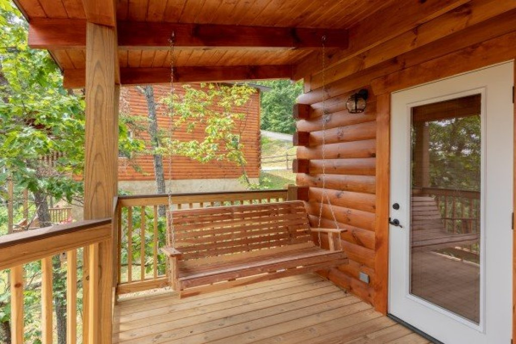 Photo of a Sevierville Cabin named Sawmill Springs - This is the thirty-first photo in the set.