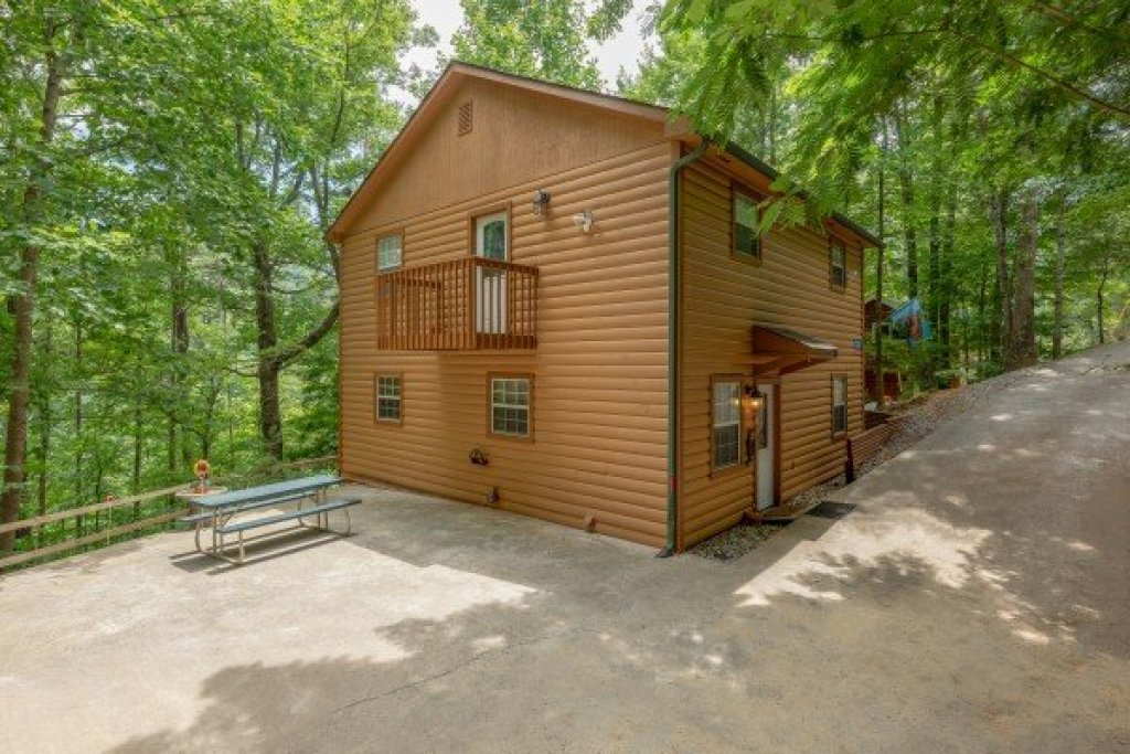 Photo of a Pigeon Forge Cabin named A Hidden Treasure - This is the fifteenth photo in the set.
