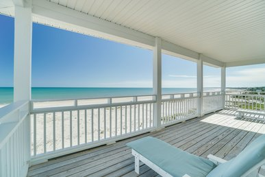 Exceptional Pet-friendly Gulf Front home with captivating views, just steps to the shore