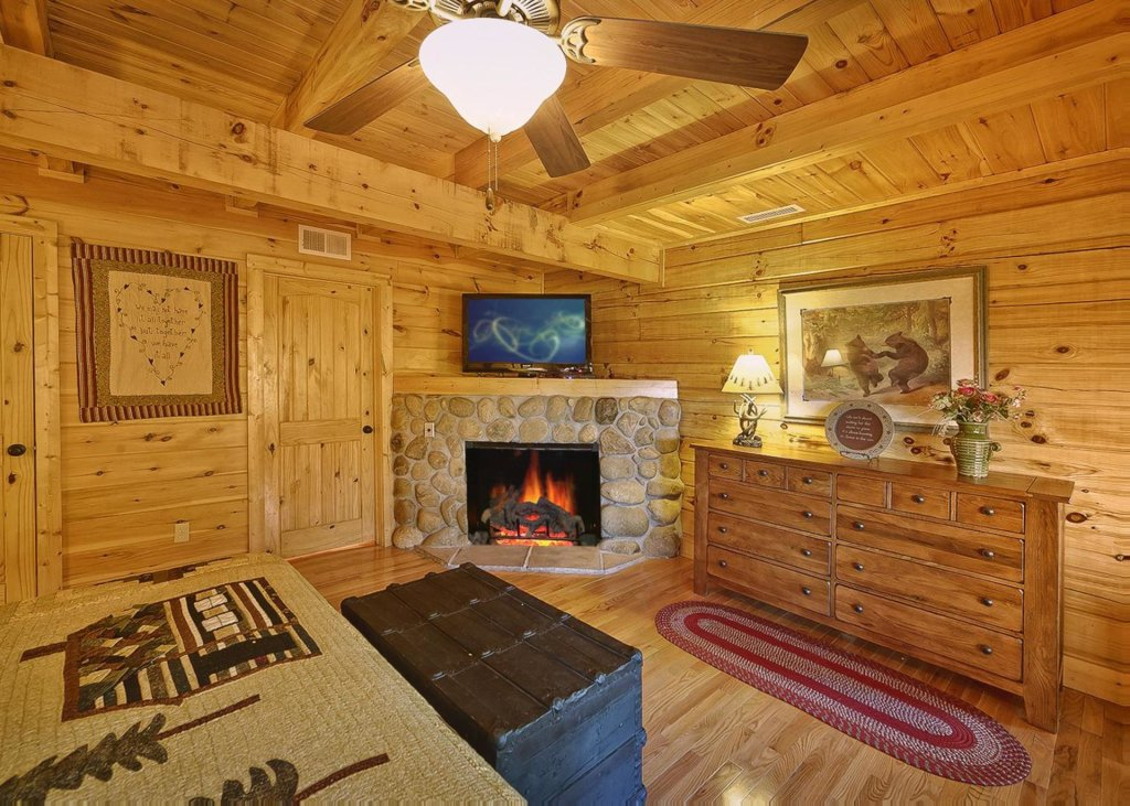 Photo of a Pigeon Forge Cabin named Tranquility #53 - This is the twelfth photo in the set.