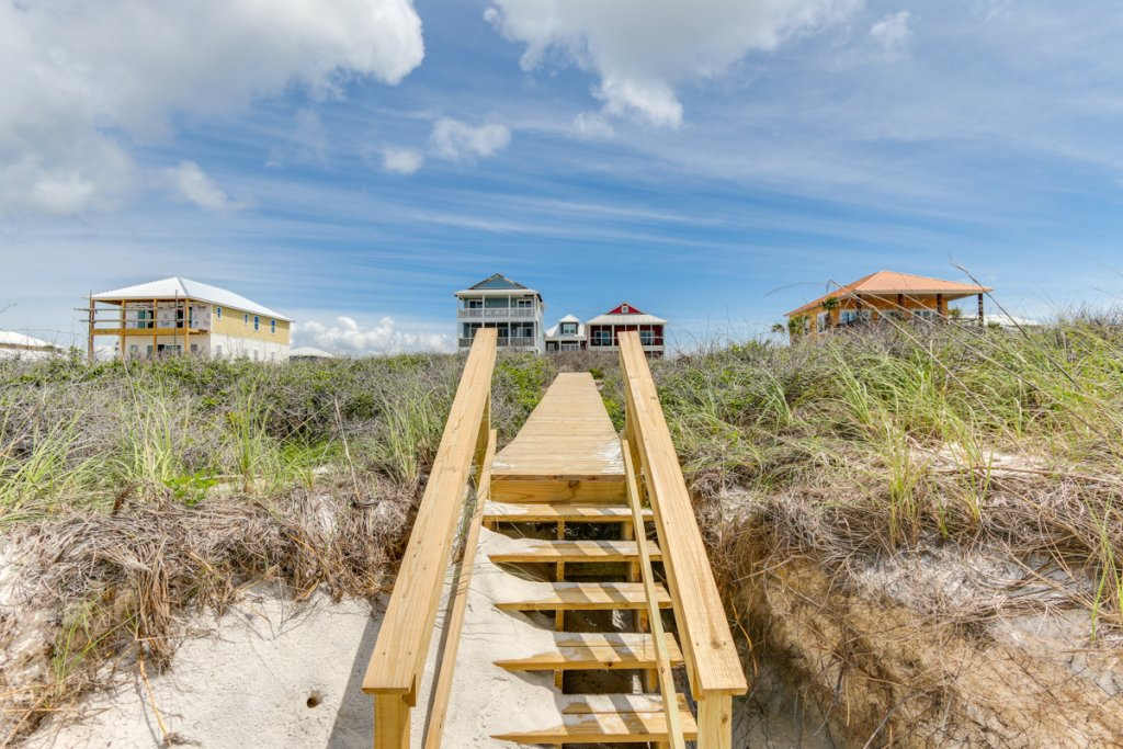 Photo of a Cape San Blas House named Ooh La La - This is the sixth photo in the set.