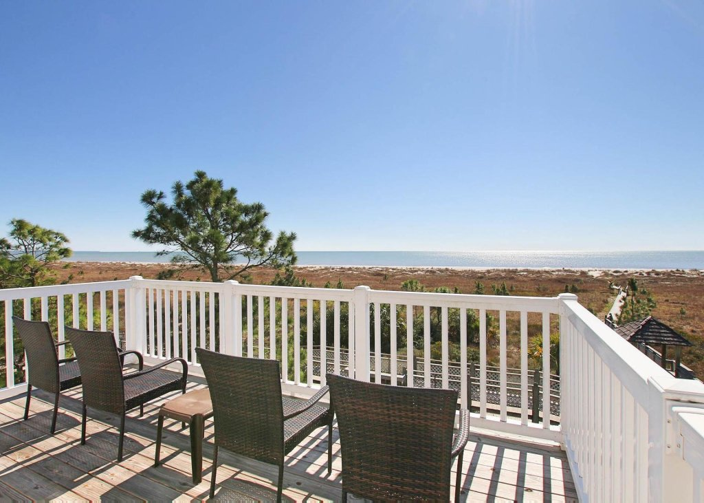 Photo of a Cape San Blas House named Tranquil Bliss - This is the twenty-fifth photo in the set.