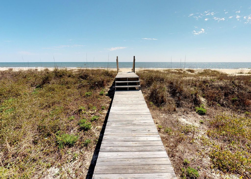 Photo of a Cape San Blas House named Adagio Beach - This is the fourth photo in the set.