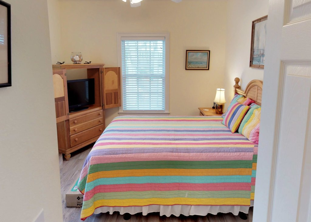 Photo of a Cape San Blas Condo named Too Easy - This is the nineteenth photo in the set.