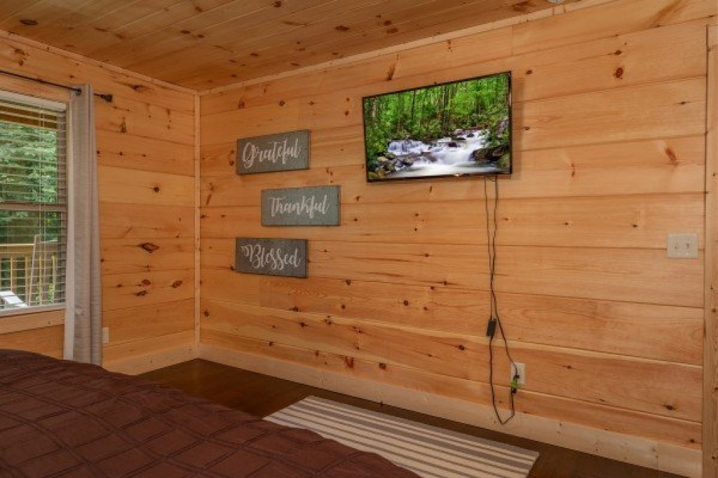 Photo of a Sevierville Cabin named Always Dream'n - This is the ninth photo in the set.