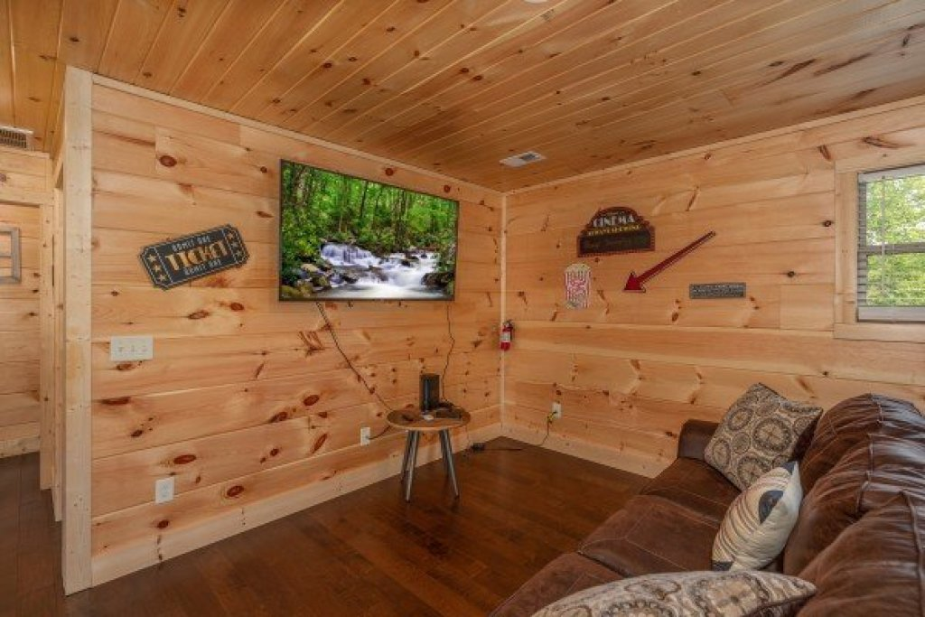 Photo of a Sevierville Cabin named Always Dream'n - This is the twenty-first photo in the set.