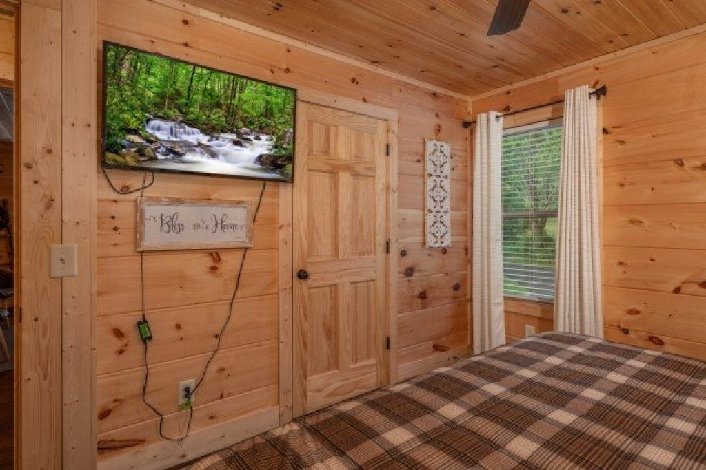 Photo of a Sevierville Cabin named Always Dream'n - This is the thirtieth photo in the set.