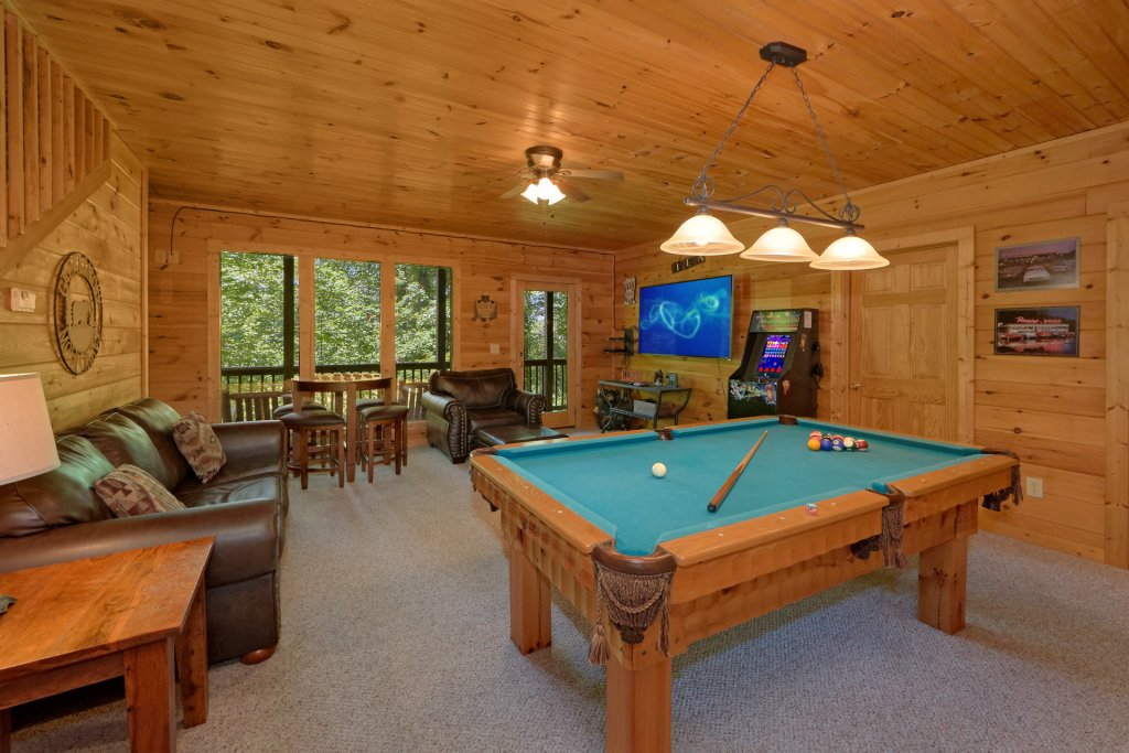 Photo of a Gatlinburg Cabin named Romance Inn - This is the third photo in the set.