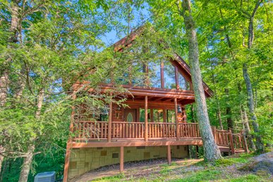 Secluded Smoky Mountain Cabin Rental With Pool Table, Foosball And Hot Tub