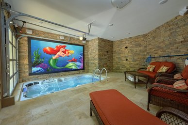 Incredible Indoor Pool Cabin With Outdoor Fire Pit And Putt-putt Golf Course!