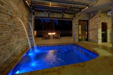 Private Indoor Heated Pool, Outdoor Fireplace, Veranda
