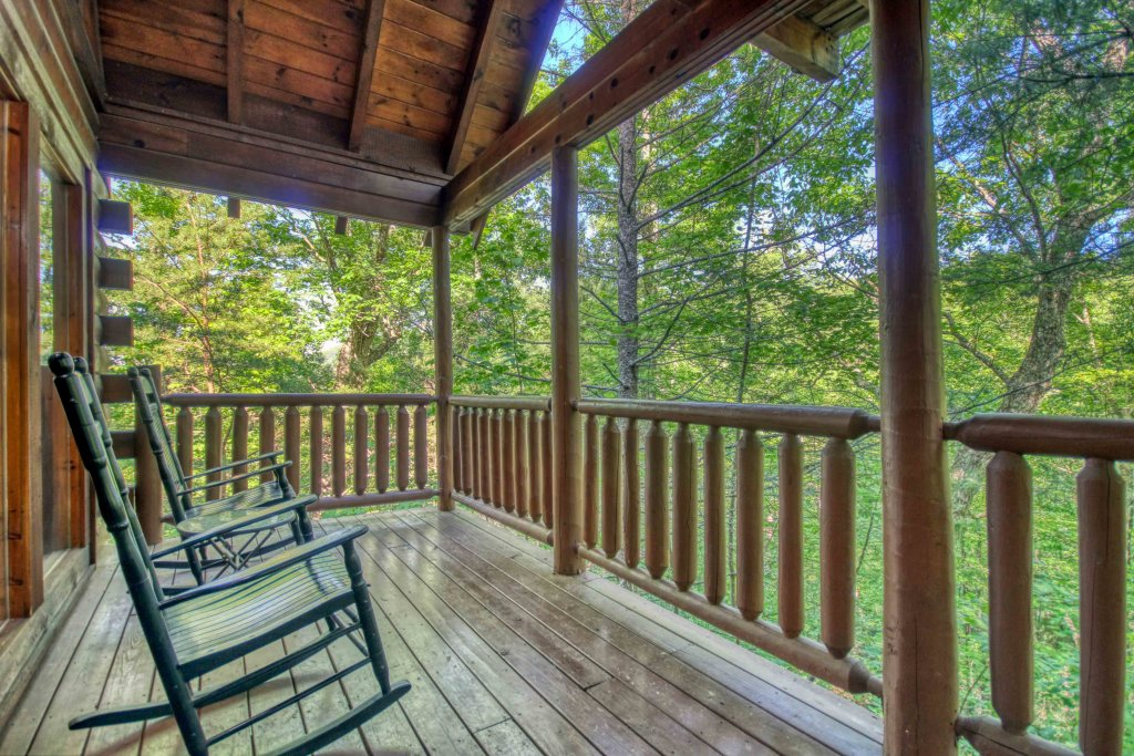 Photo of a Gatlinburg Cabin named Beary Secluded #296 - This is the ninth photo in the set.