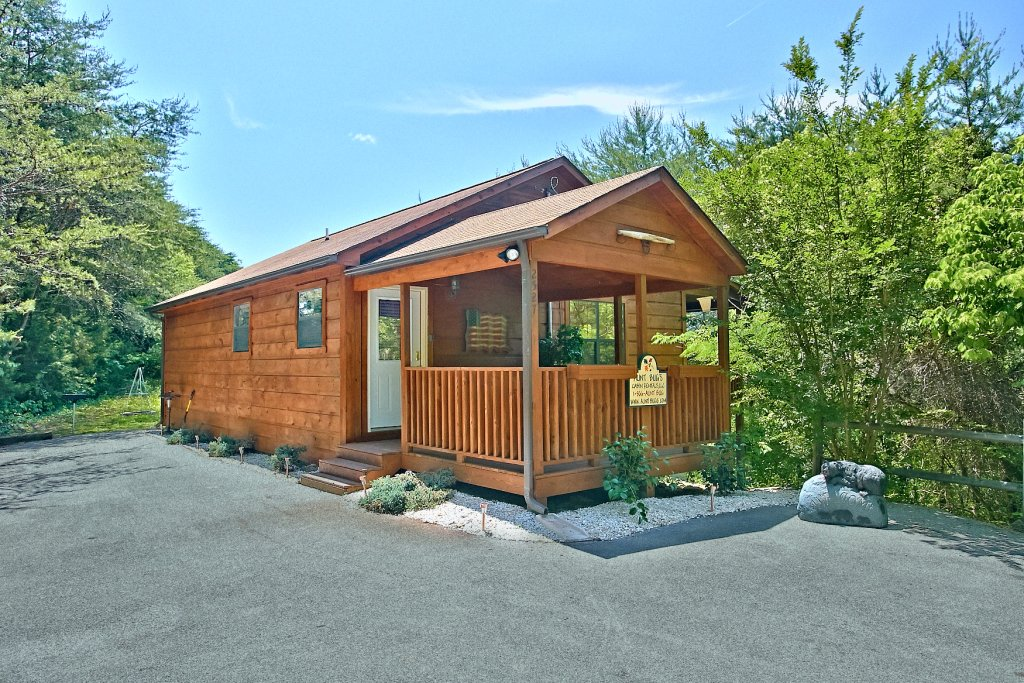 Photo of a Sevierville Cabin named Dream Maker #120 - This is the first photo in the set.