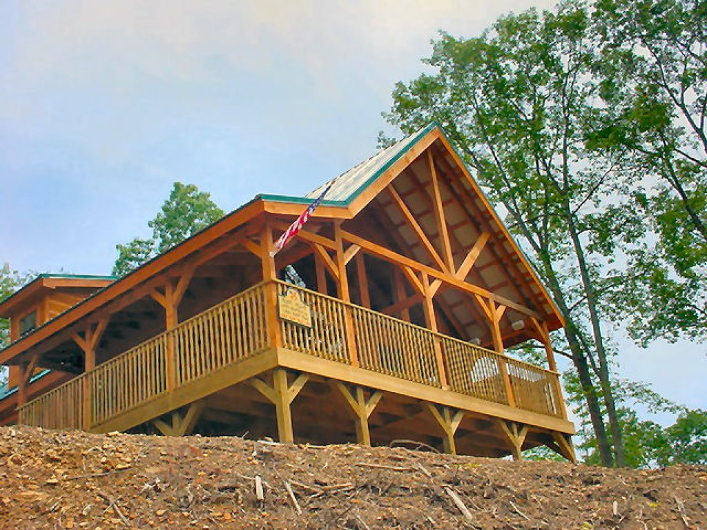 Photo of a Pigeon Forge Cabin named Wow !! What A Cabin #255 - This is the twenty-sixth photo in the set.