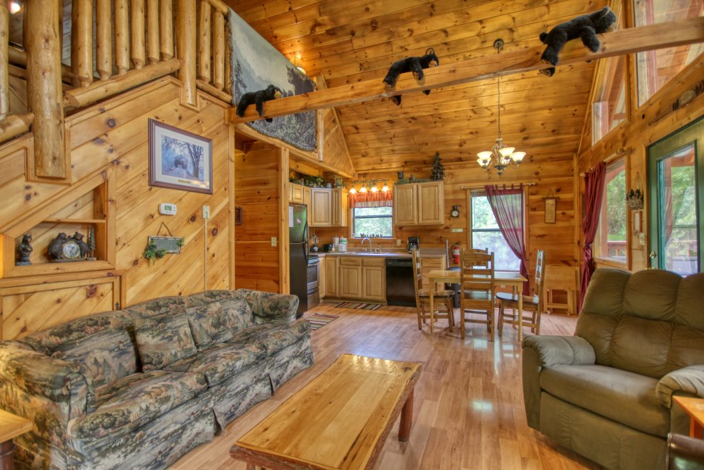 Photo of a Pigeon Forge Cabin named Wow !! What A Cabin #255 - This is the second photo in the set.