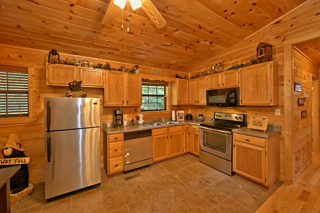 Photo of a Sevierville Cabin named Dream Maker #120 - This is the fourth photo in the set.