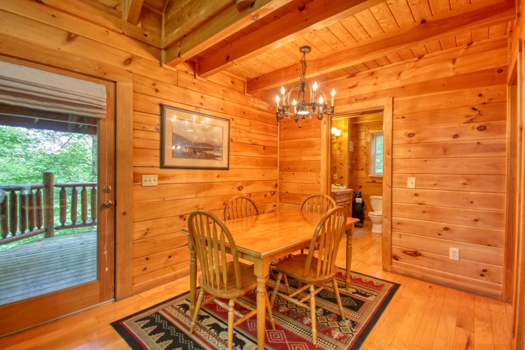 Photo of a Gatlinburg Cabin named American Treehouse #1708 - This is the seventh photo in the set.