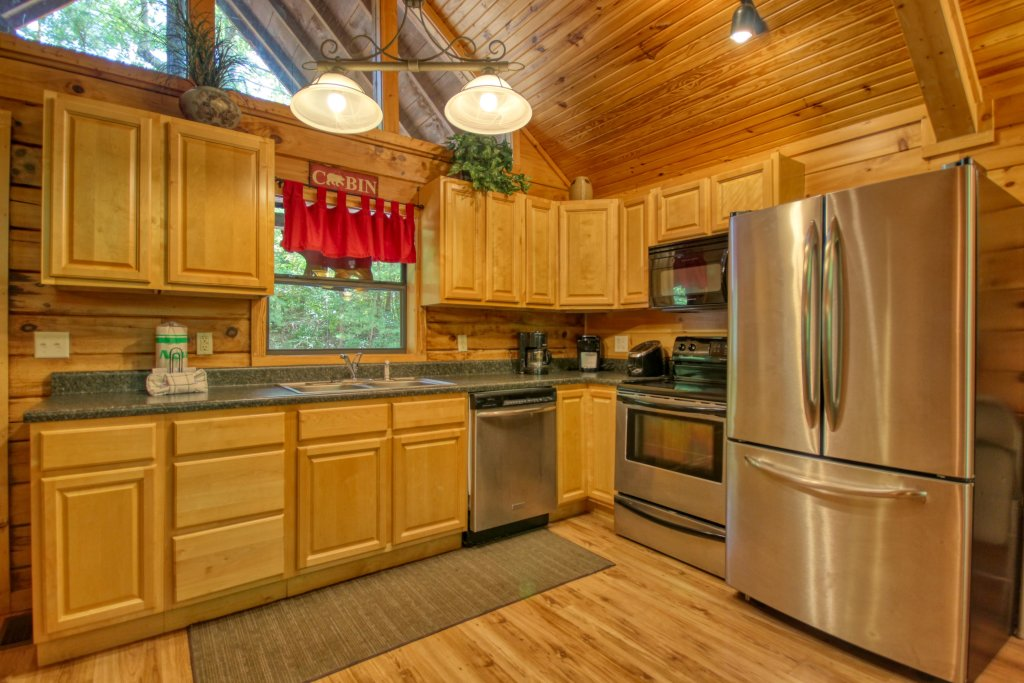 Photo of a Gatlinburg Cabin named Bear Haven - 297 - This is the fifth photo in the set.