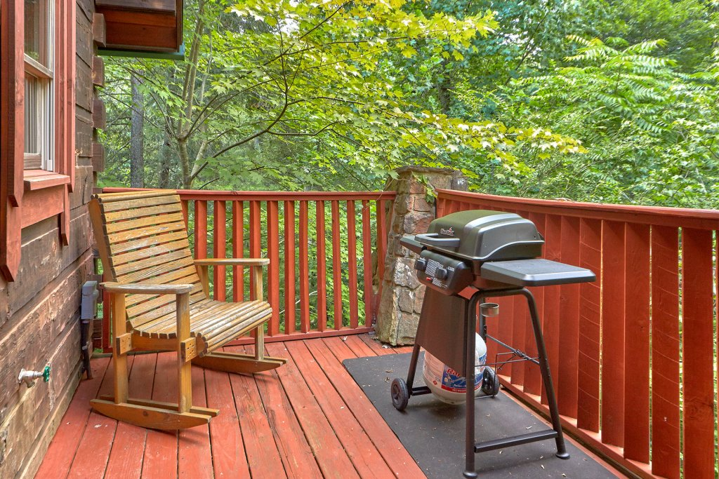 Photo of a Sevierville Cabin named Hidden Romance #1404 - This is the twenty-eighth photo in the set.