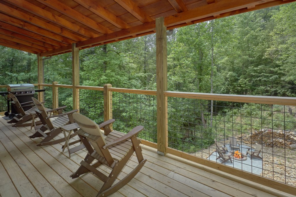 Photo of a Sevierville Cabin named Poolin Around - This is the twenty-first photo in the set.