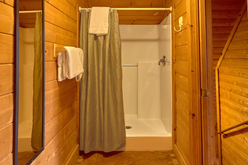 Photo of a Sevierville Cabin named Hidden Romance #1404 - This is the twenty-ninth photo in the set.