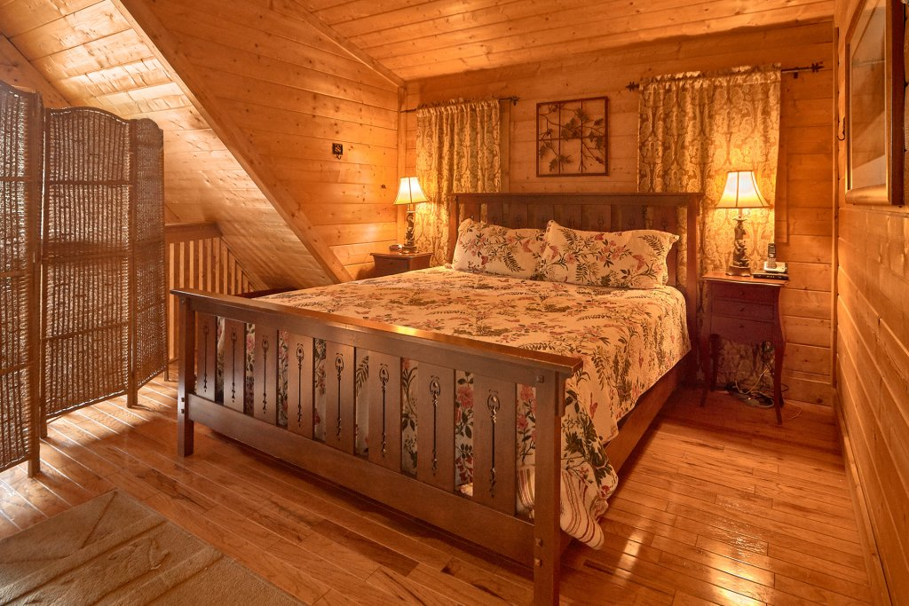 Photo of a Sevierville Cabin named Hidden Romance #1404 - This is the fifteenth photo in the set.