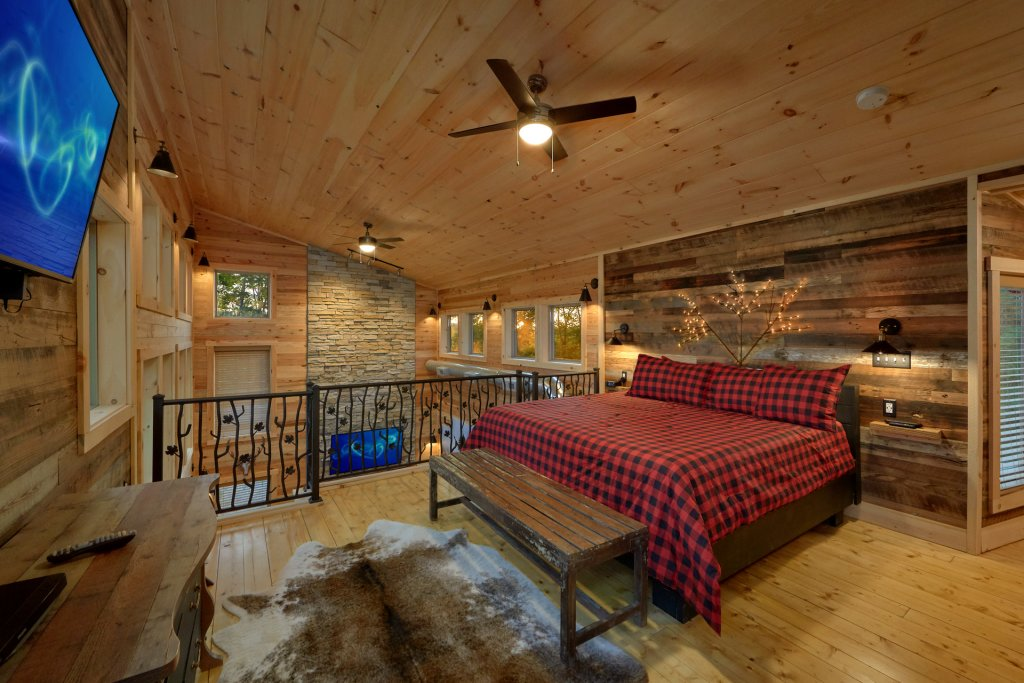Photo of a Gatlinburg Cabin named City Slicker - This is the thirty-ninth photo in the set.