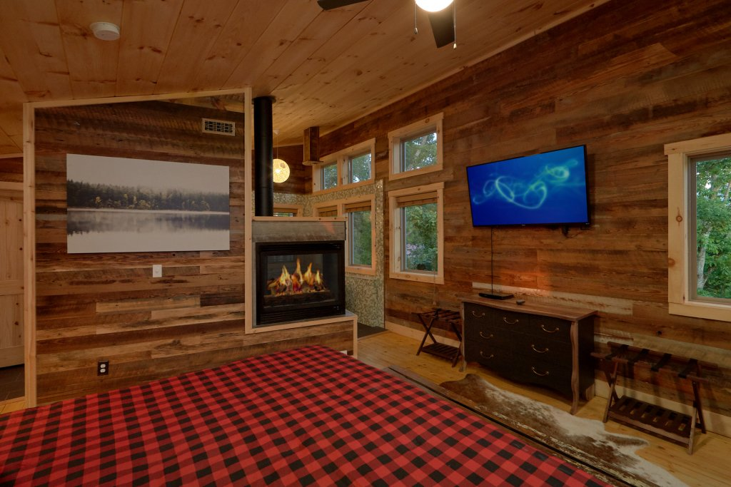 Photo of a Gatlinburg Cabin named City Slicker - This is the thirty-seventh photo in the set.
