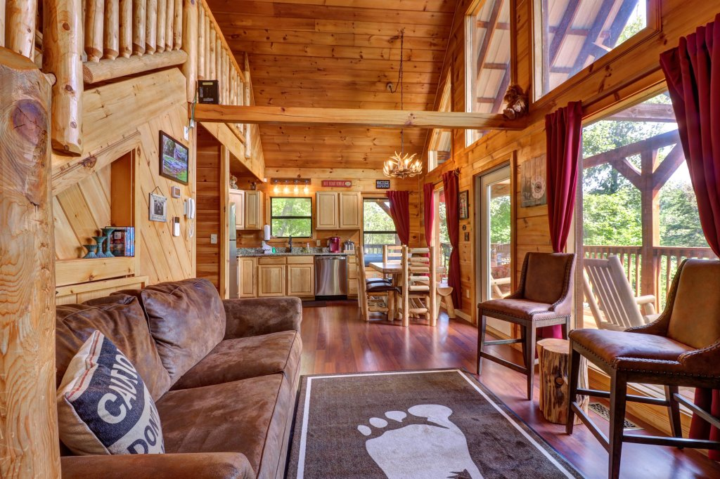 Photo of a Pigeon Forge Cabin named Yeti Peak - This is the fifth photo in the set.