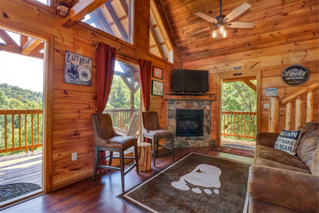 Photo of a Pigeon Forge Cabin named Yeti Peak - This is the seventh photo in the set.