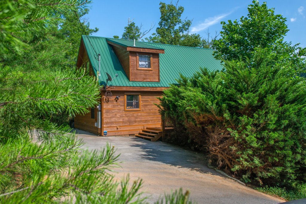 Photo of a Pigeon Forge Cabin named Yeti Peak - This is the forty-third photo in the set.