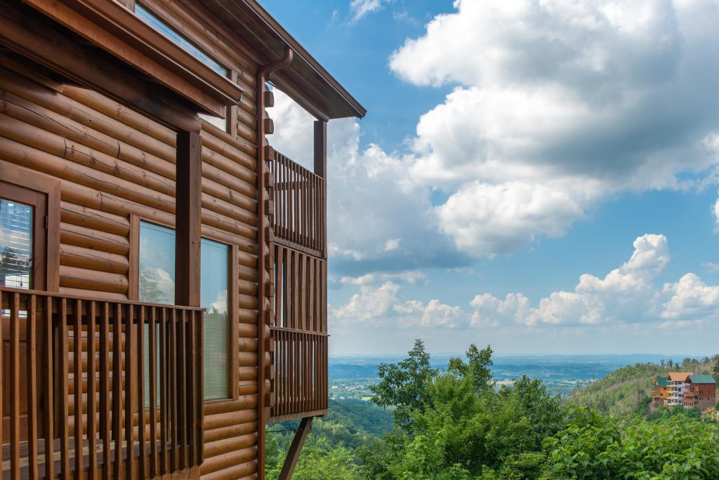 Photo of a Pigeon Forge Cabin named Sky View - This is the sixth photo in the set.