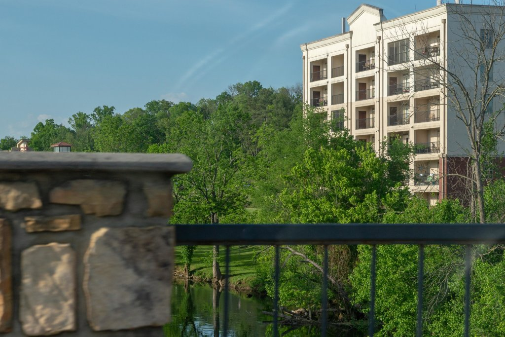 Photo of a Pigeon Forge Cabin named A Beautiful River View - This is the twenty-fourth photo in the set.