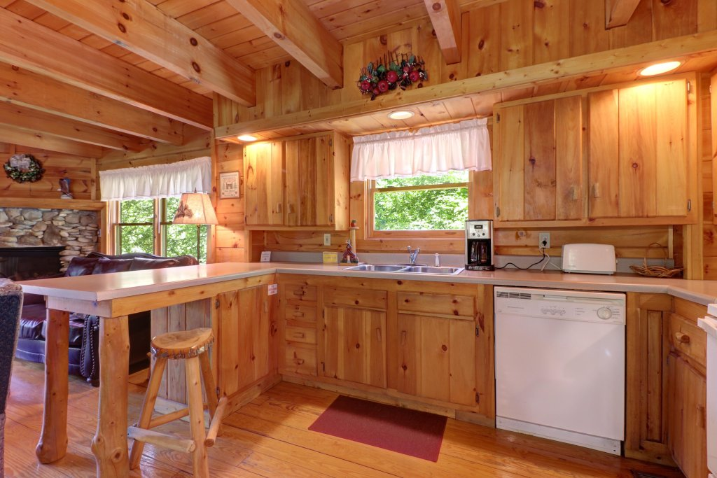 Photo of a Gatlinburg Cabin named Appalachian View - This is the eleventh photo in the set.