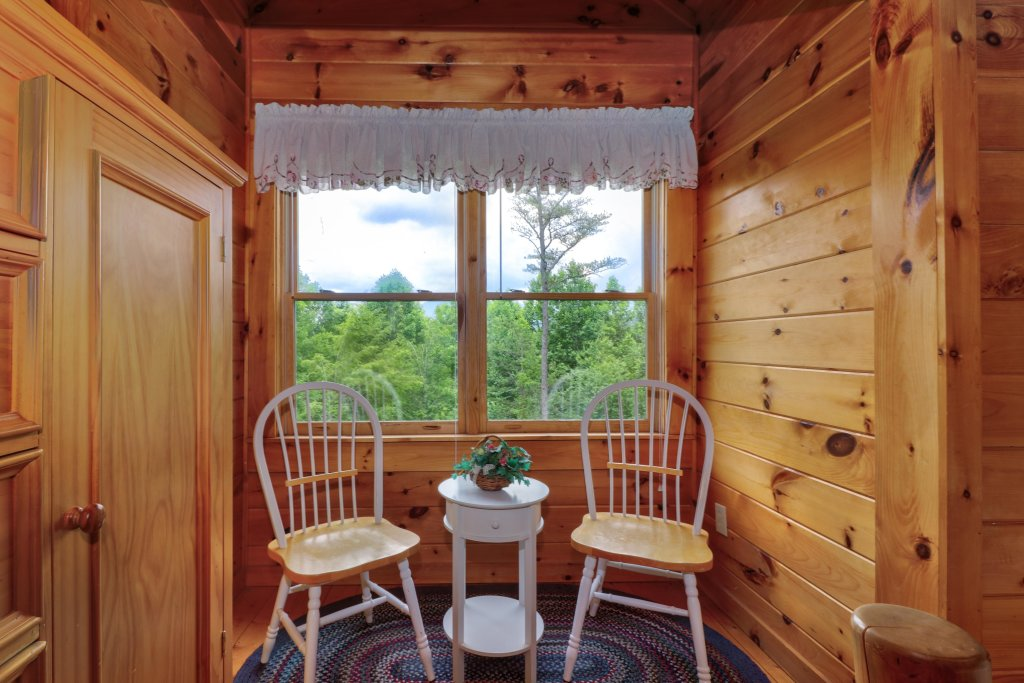Photo of a Gatlinburg Cabin named Appalachian View - This is the fifteenth photo in the set.