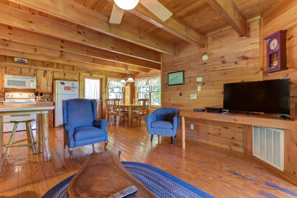 Photo of a Gatlinburg Cabin named Appalachian View - This is the eighth photo in the set.