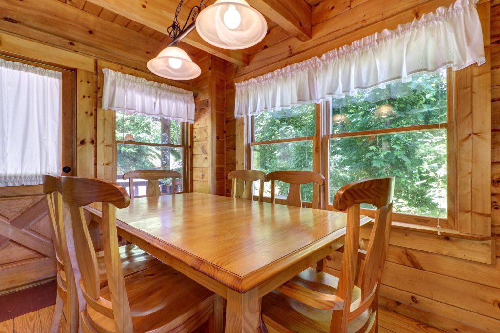 Photo of a Gatlinburg Cabin named Appalachian View - This is the ninth photo in the set.
