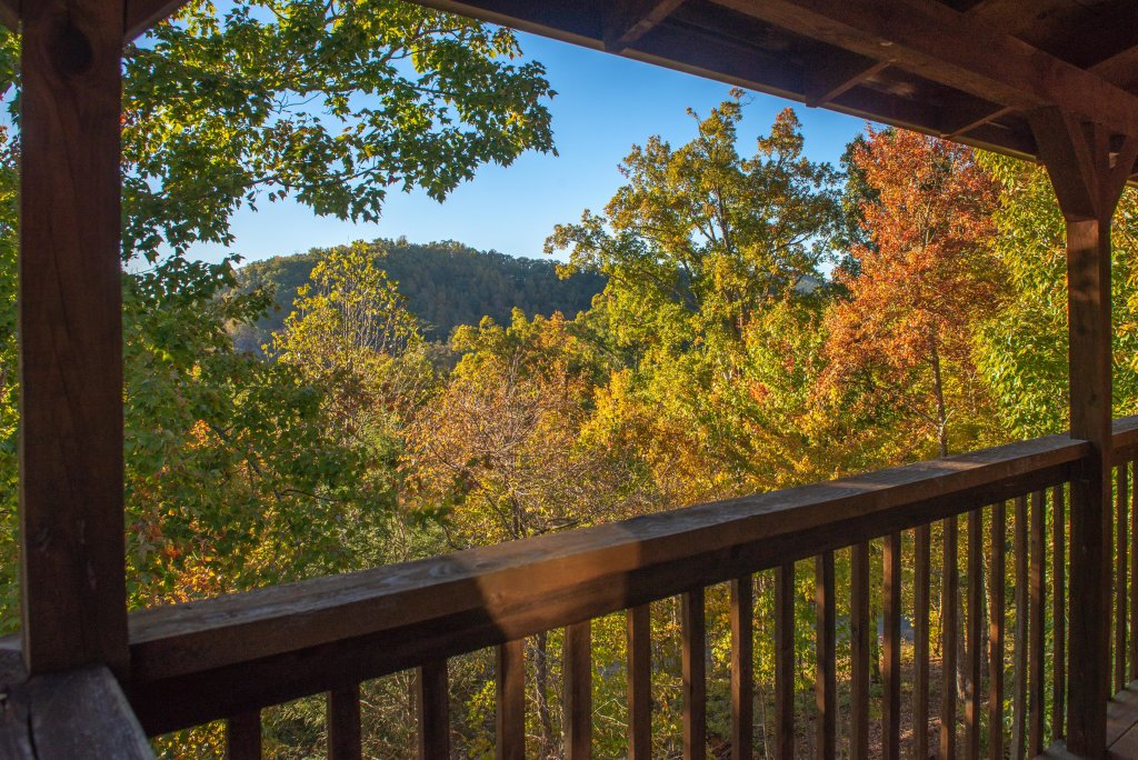 Photo of a Pigeon Forge Cabin named 20/20 View - This is the third photo in the set.