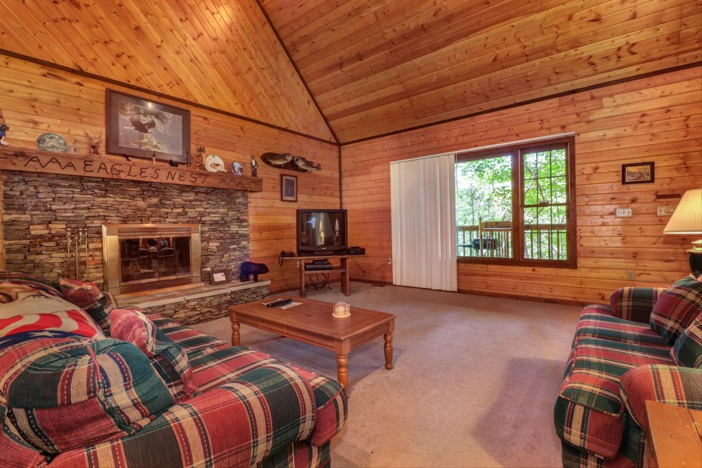 Photo of a Sevierville Cabin named Eagle's Nest - This is the eighth photo in the set.