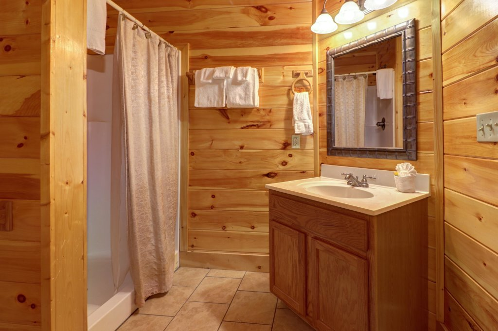 Photo of a Sevierville Cabin named Just For Fun - This is the thirty-first photo in the set.