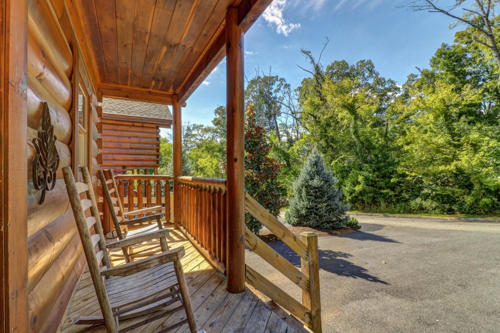 Photo of a Sevierville Cabin named Just For Fun - This is the fifth photo in the set.