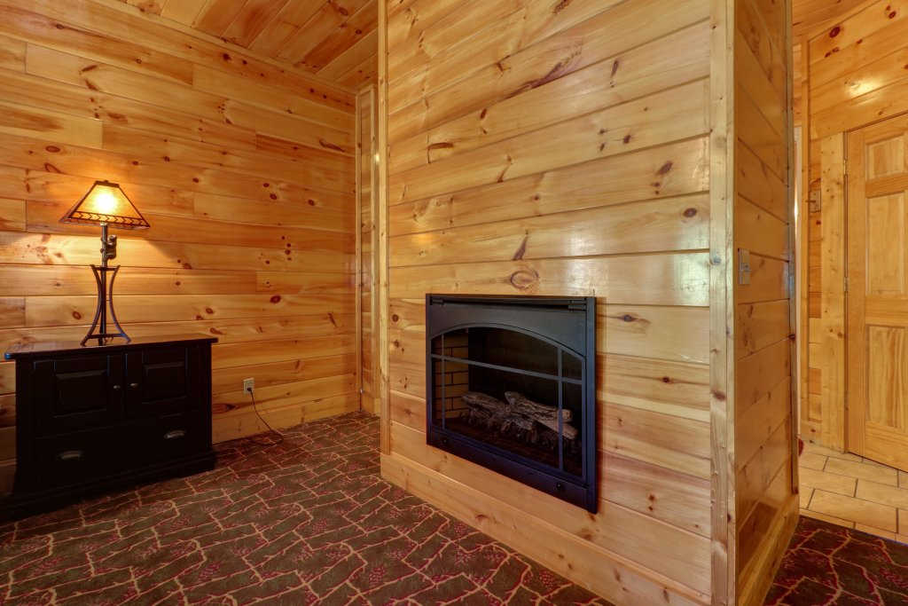 Photo of a Sevierville Cabin named Just For Fun - This is the thirty-third photo in the set.
