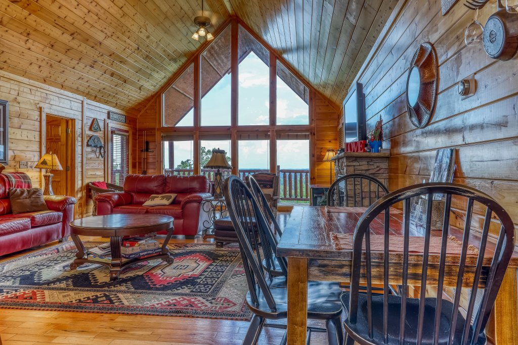 Photo of a Pigeon Forge Cabin named Smoky Mountain View - This is the fifth photo in the set.