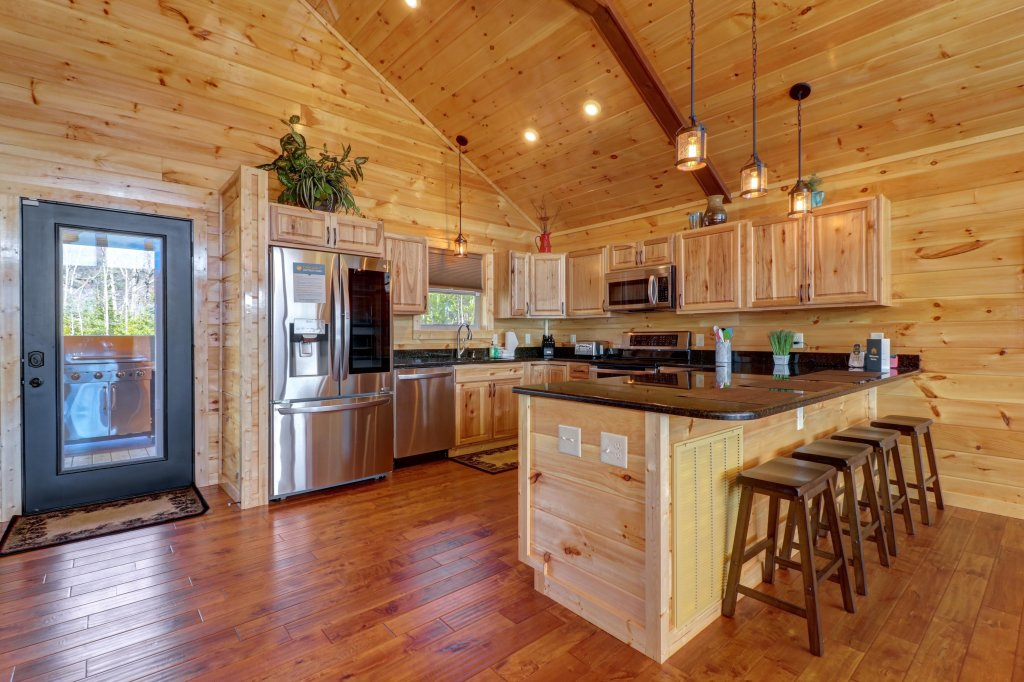 Photo of a Sevierville Cabin named Above And Beyond - This is the tenth photo in the set.