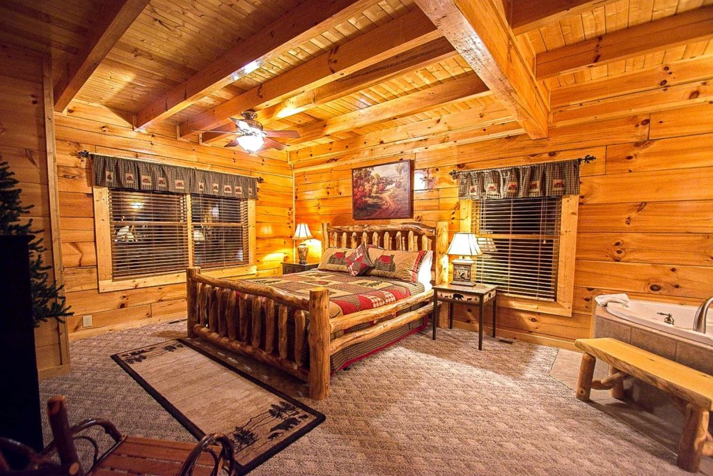 Photo of a Sevierville Cabin named Zip-a-dee-doo - This is the sixteenth photo in the set.