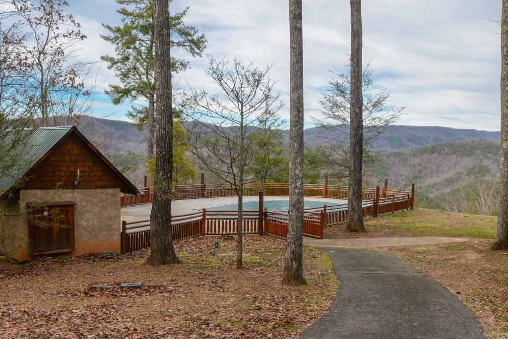 Photo of a Sevierville Cabin named Majestic View #42b - This is the nineteenth photo in the set.