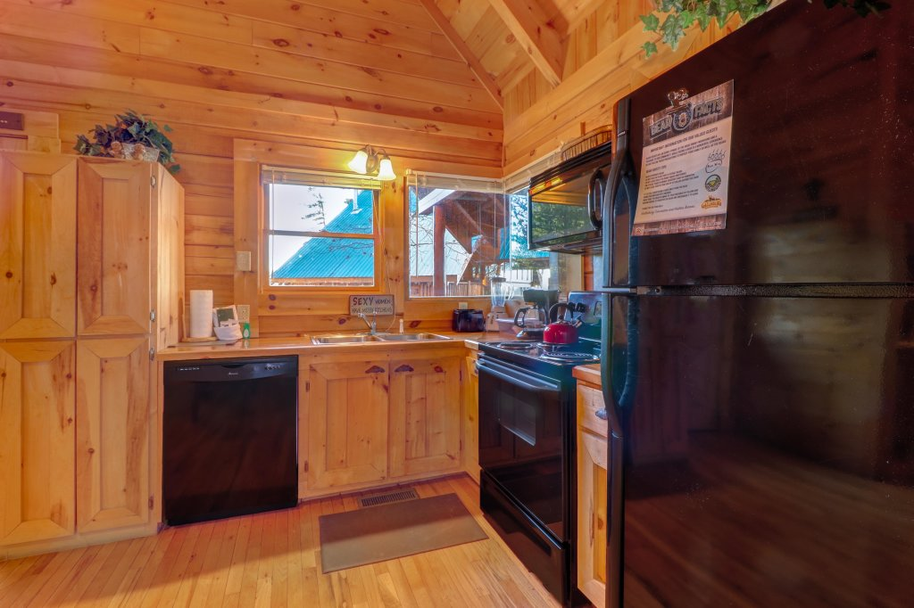 Photo of a Sevierville Cabin named Majestic View #42b - This is the sixth photo in the set.